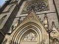 38 Església de Santa Ludmila, timpà i rosassa neogòtics.jpg