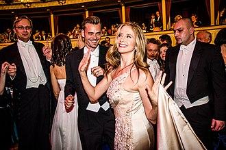 Vienna Opera Ball - The actress Mira Sorvino at the opera ball (2013)