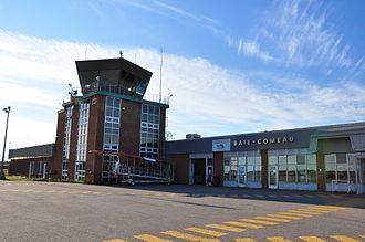 Baie-Comeau Airport - Image: Aéroport de Baie Comeau (CYBC) (5956634000) (2)