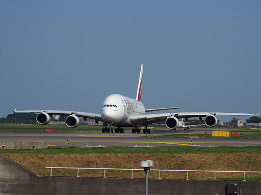 A6-EEC Emirates Airbus A380-861 - cn 110 at Schiphol (Amsterdam Airport) pic01