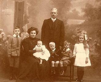 Margaret Fisher - Image: A Fisher Family