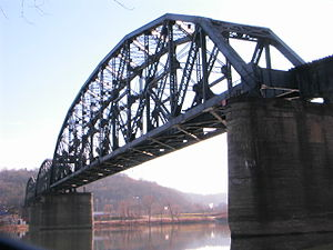 Glenwood B&O Railroad Bridge - Image: AVR Rbridge