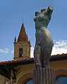 A modern sculpture near Church of St. Augustine in Arezzo, Italy.JPG