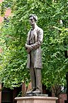 Abraham Lincoln, Lincoln Square, Manchester.jpg
