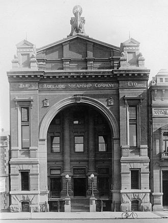 Adelaide Steamship Company - Adelaide Steamship Company building, Currie Street, Adelaide in 1917