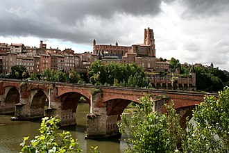 Albi - Albi featuring the Sainte-Cécile cathedral and the Pont Vieux (old bridge) over the river Tarn.