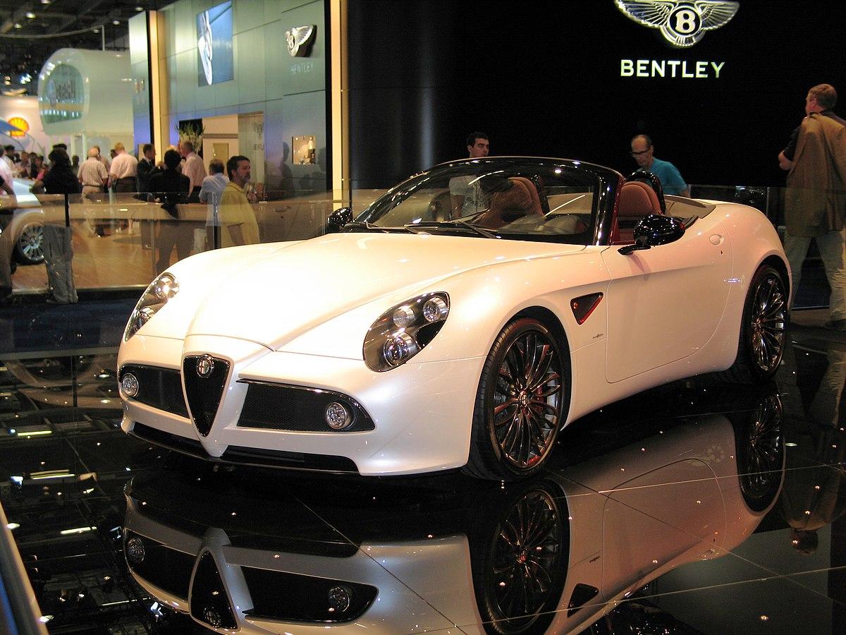 Alfa Romeo Giulia >> Alfa Romeo 8C Spider - Wikipedia