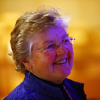 Frances E. Allen - Portrait of Fran Allen receiving the Erna Hamburger Distinguished Lecture Award at EPFL, May 6, 2008