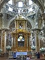 Altar en la capilla del rosario - panoramio.jpg