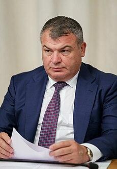 Сердюков член единой россии