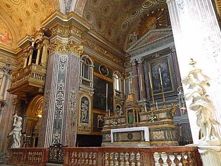 Angeli reggifiaccola della Chiesa dei Girolamini