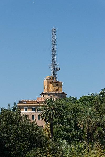 File:Antenna Radio Vatican 3.jpg