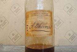 Antica bottiglia alchermes.JPG