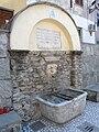 Antona (Massa)-piazza san rocco-fontana1.jpg