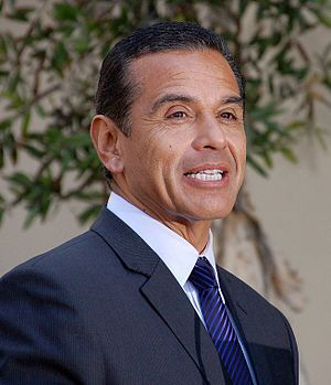 Los Angeles mayoral election, 2001 - Image: Antonio Villaraigosa HWOF May 2013