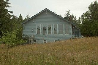 Apiary, Oregon - Apiary School Building in 2007