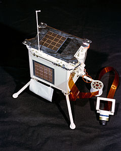Apollo 17 LEAM instrument Ap17-S72-37257HR.jpg