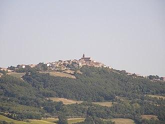 Macchia Valfortore - Image: Apulia Molise Campania (2009) 07 (Ra Boe)