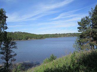 Ara (lake) - Image: Aremarksjøen ved Aremark kirke