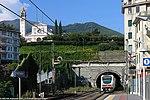 Arenzano - stazione ferroviaria - E.402.jpg