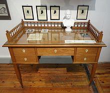 Arndts Schreibtisch, Museum Stralsund (Quelle: Wikimedia)