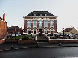The town hall in Aubers