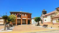 Ayuntamiento e iglesia.jpg
