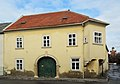 Bürgerhaus 10907 in A-2460 Bruck an der Leitha.jpg