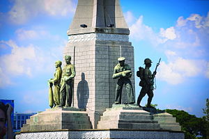 Victory Monument (Thailand) - Five statues honour the army, navy, air force, police, and populace