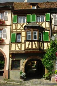 Barr 4 place de l'Hôtel-de-Ville.JPG