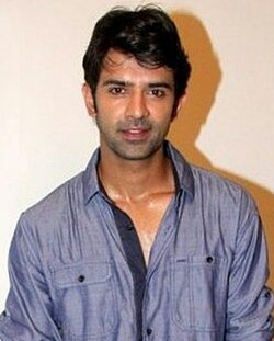 Barun Sobti from the Mahurat of Main Aur Mr. Riight.jpg