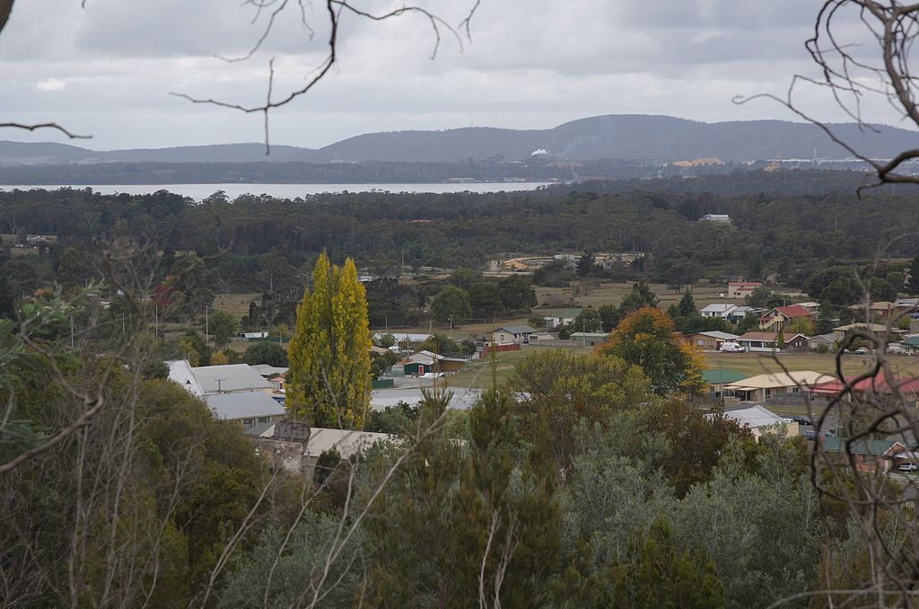 Beaconsfield-lookout-20070419-009