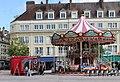 Beauvais, das Karusell auf dem Place Jeanne-Hachette.JPG