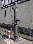 Bellersheimer Straße 9 Schwengelpumpe (Trais-Horloff) 03.JPG