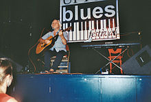 Benny Gallagher at the Upton Blues Festival in July 2013.jpg