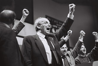 Fausto Bertinotti - Bertinotti at the PRC Congress in 1999.