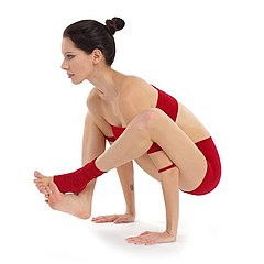 yoga asanas lean body flat belly