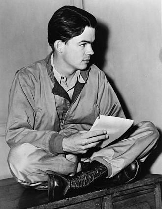 Bill Mauldin - Mauldin in 1945
