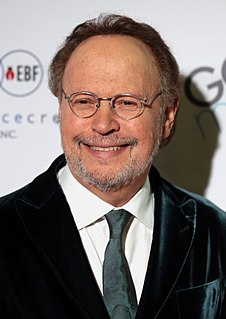 Billy Crystal American actor, singer, and comedian