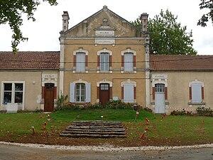 Bioussac - Town hall