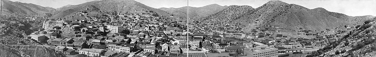 Panorama of Bisbee in 1916