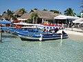 Boats Isla Mujeres - panoramio.jpg