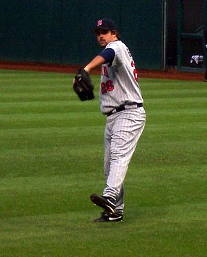 Boof Bonser - Bonser warming up in Cleveland, 2006