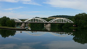 Bow-string Moselle Pompey-Frouard.jpg