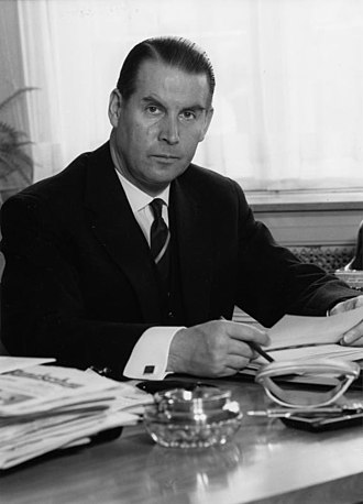 1969 West German presidential election - Image: Bundesarchiv B 145 Bild F008145 0002, Gerhard Schröder