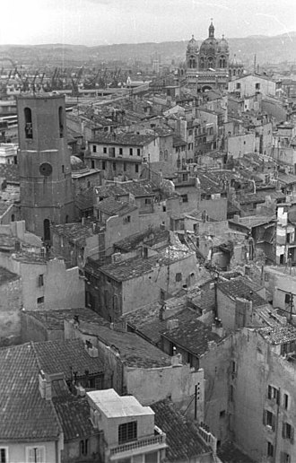 Round up of Marseille - The old neighborhood, seen from the transporter bridge