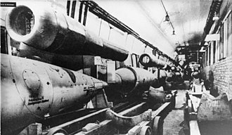 Argus As 014 - V-1 missiles on the Mittelbau-Dora production line with As 014 pulsejets installed