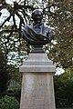 Buste Garnier Jardin Garnier Provins 2.jpg