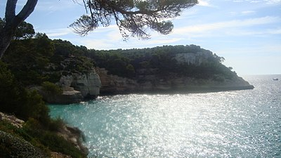 Cala Mitjana, Menorca.jpg