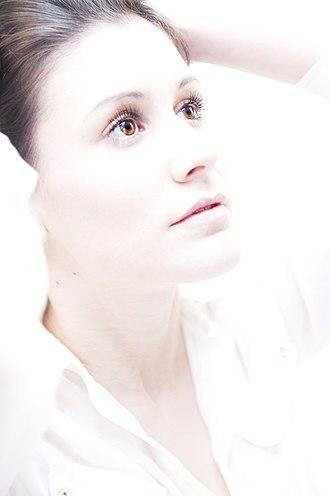 High-key lighting - High-key photo portrait of a woman